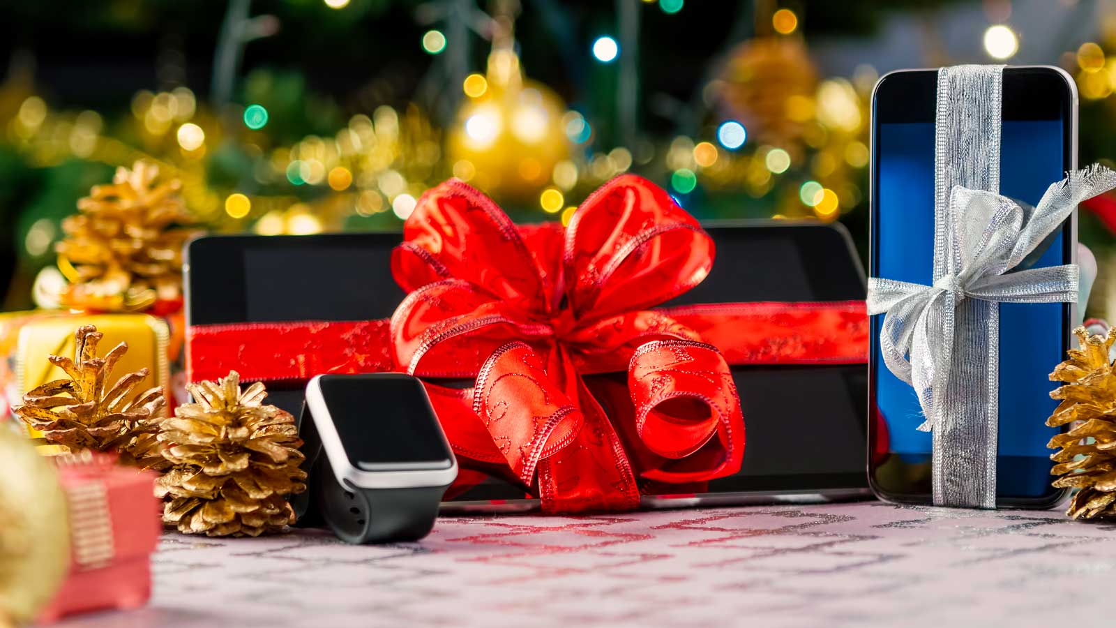 7 Holiday Gift Ideas for People Who Rock Your Business